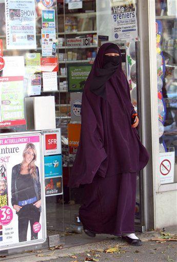 Exceptions à la Burka Getimage